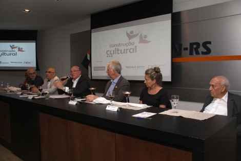 Projeto Construção Cultural: Lançamento em reunião-almoço